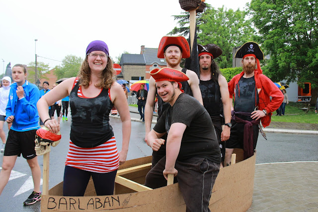 piraten aan dek van de Krottegemse corrida