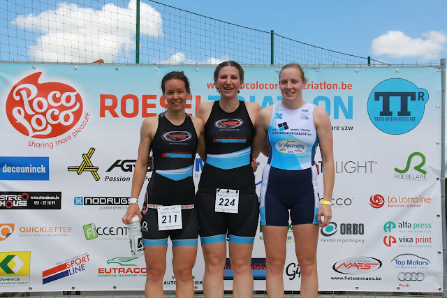 Podium dames 1/8e triatlon Roeselare 2015