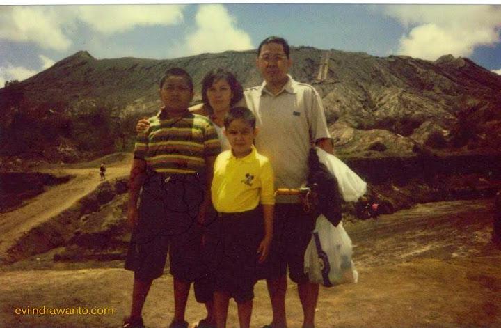 Foto polaroid di Bromo tahun 2002