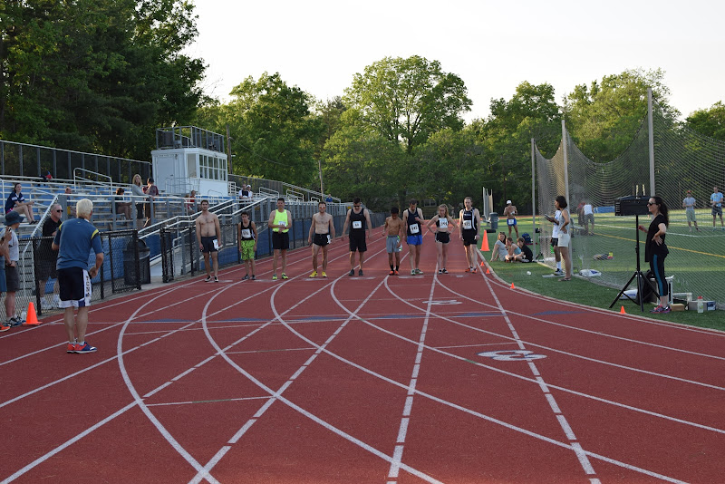 May 25, 2016 - Princeton Community Mile and 4x400 Relay - DSC_0115.JPG