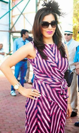 Sophie Choudry Photos