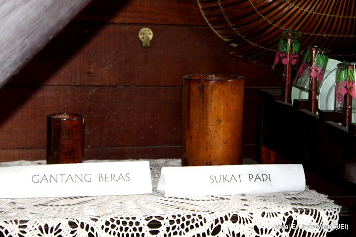 gantang dan sukat, alat ukur beras, padi dan biji-bijian minangkabau