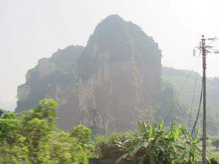 0016The_Road_to_Mai_Chau
