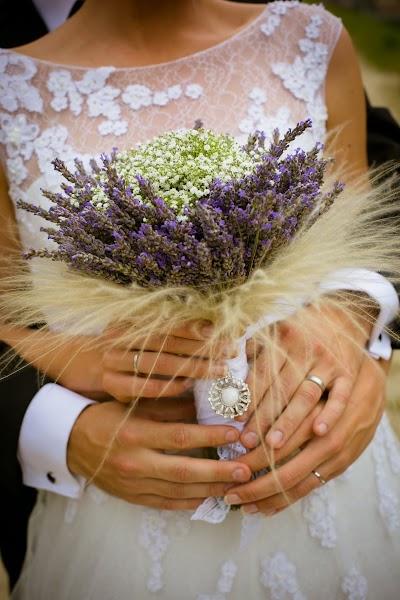 porocni-fotograf-destination-wedding-photographer- bride-groom-slovenija-ljubljana-zenin-nevesta-poroka-fotografiranje-poroke-bled-slovenia- hochzeitsreportage, hochzeitsfotograf,hochzei (31).jpg