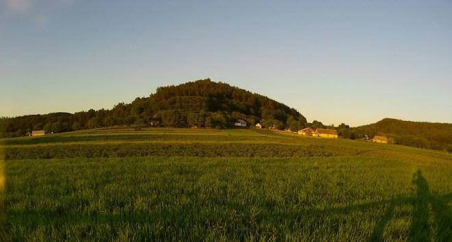 Гора Замок в с. Стіжок