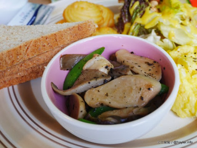 台中北區 G家噪咖 每日手作出幸福味道的平價早午餐 雞肉丸美味、蔬食新鮮、南瓜濃湯濃郁美味 簡單的食材,不簡單的風味! 中式料理 健康養身 攝影 民生資訊分享 美式料理 飲食集錦