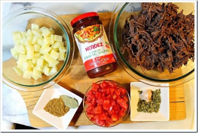 Taquitos de carne con papas al guajillo5 copy