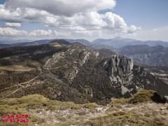 Vista desde la cima hacia Peña Guara ©aunpasodelacima