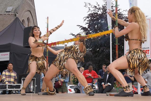 Braziliaanse dansen tijdens Roeselare Danst op de batjes