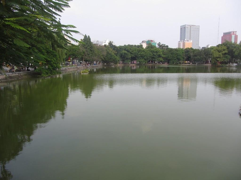 0114Hoan_Kiem_Lake