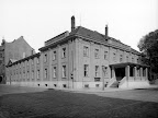 Sanssouci-Festsäle (bis 1895 Tonhalle) in der Elsterstraße, um 1900, Fotograf: Hermann Walter (Atelier)
