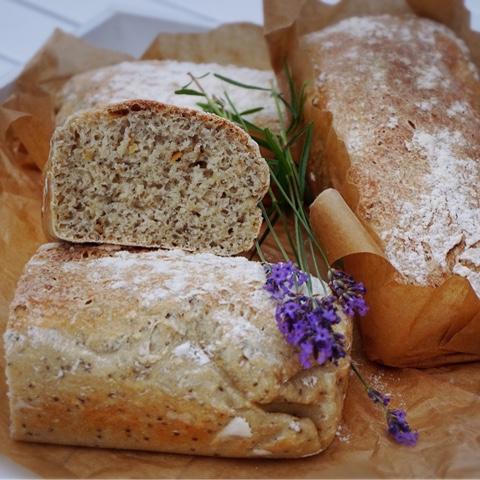 baka bröd med chiafrön