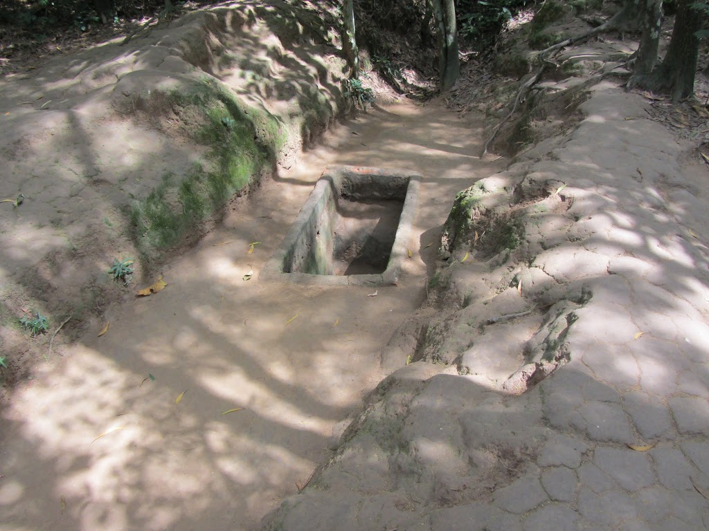0057Cu_Chi_Tunnels