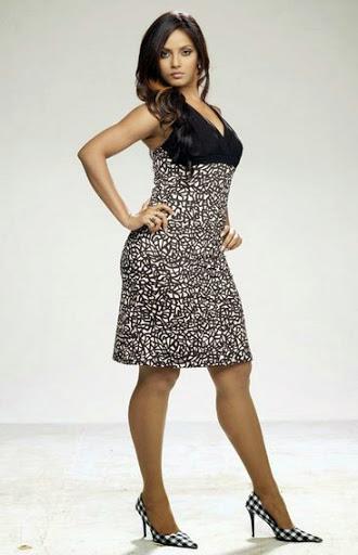 Neetu Chandra Height