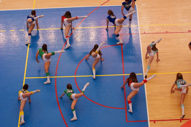 cheerleaders knack Roeselare