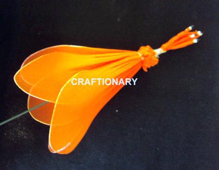 thread-petals-to-create-nylon-flower