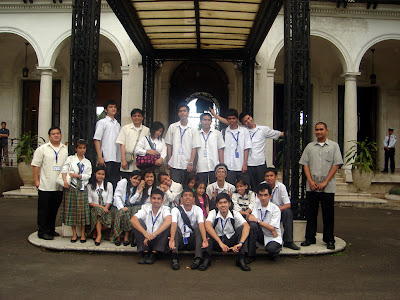 March 12: Students pose outside the main garden of Malacanang Museum.