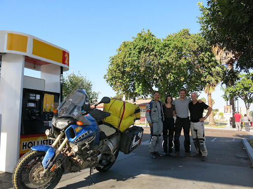 Day 21: Meeting Jeff, Asli and Paul @ the Shell station on Coronado Ave just before the Tijuana/Otay border. On the way over, I saw a pick-up truck being chased by 6 Immigration and Customs Enforcement SUVs.