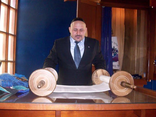 IVLP 2010 - Visit to Jewish Synagogue in IOWA - 100_0849.JPG