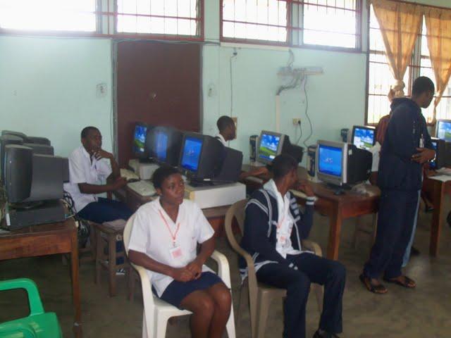 GTHS Computer Lab - nov29%2B034.JPG