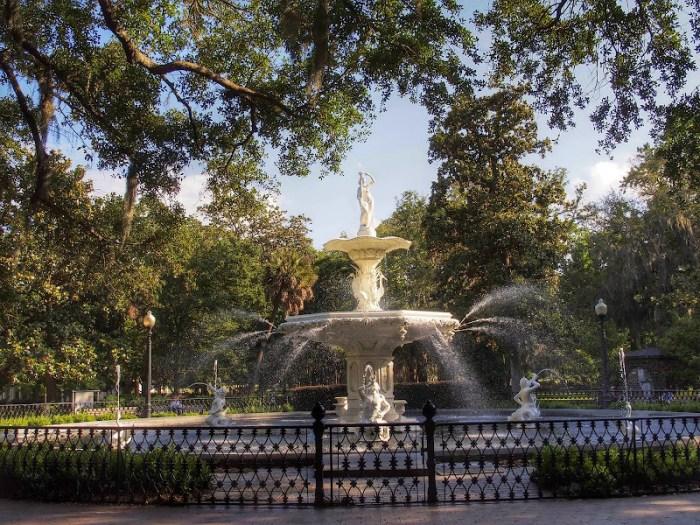A fountain in Forsyth Park in Savannah