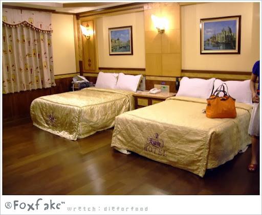 【平價汽旅】天堂鳥汽車旅館 - 桃園市《家庭房》 - DieforFood & Slow Taiwan