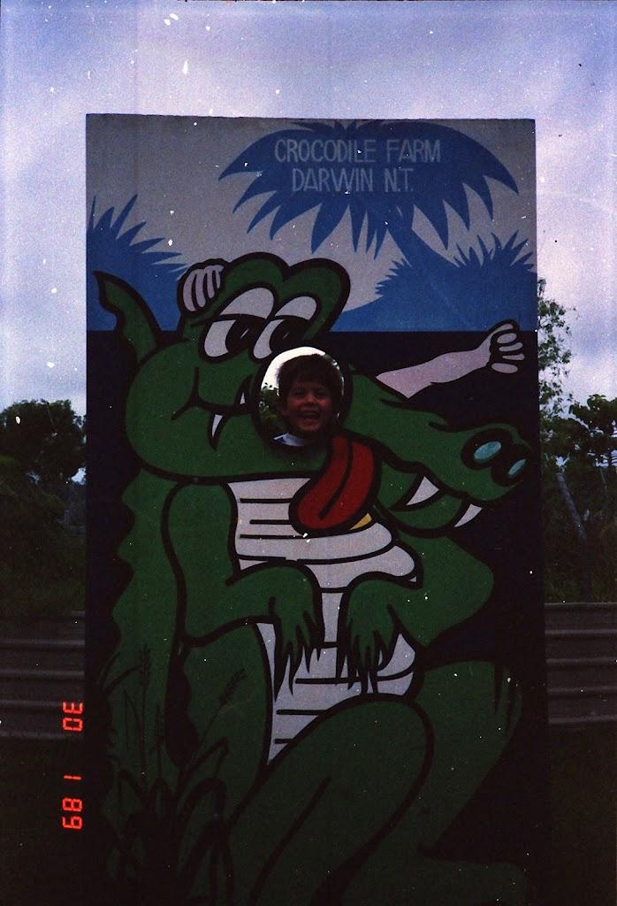 0510NT Crocodile Farm