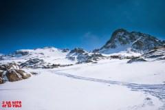 Picos de Brazato. El de la izquierda es el que terminaremos subiendo. © aunpasodelacima