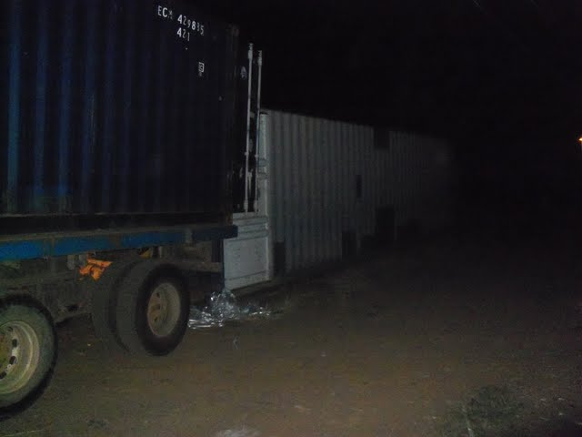 2nd Container Offloading - jan9%2B172.JPG