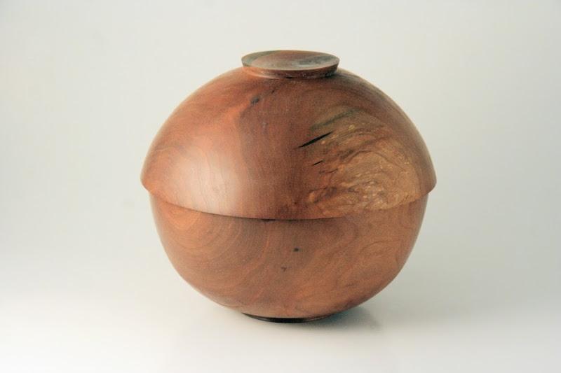 "Don Van Ryk 6-1/4"" x 5-1/2"" ""Beads of Courage"" lidded bowl [cherry]"