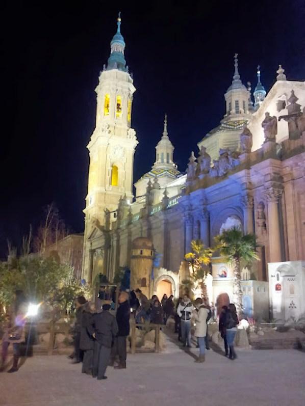 Belén a la puerta de la Basílica del Pilar - Zaragoza