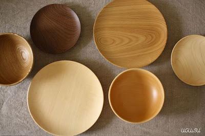 Platos de madera.
