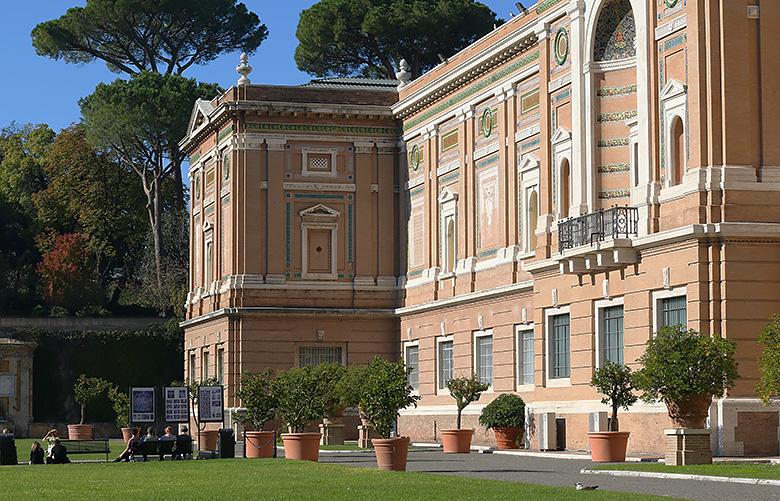 Visite des jardins du Vatican.