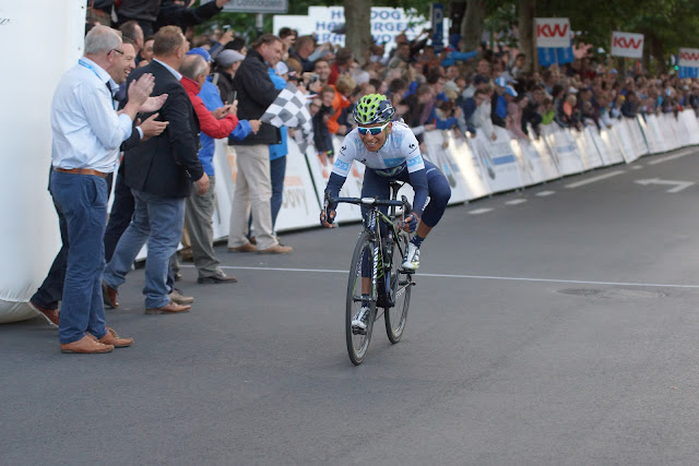 Nairo Quintana wint in Roeselare