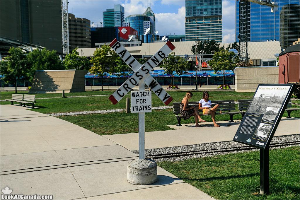 LookAtCanada.com / Локомотивное депо John Street в Торонто | LookAtIsrael.com - Фотографии Израиля и не только...
