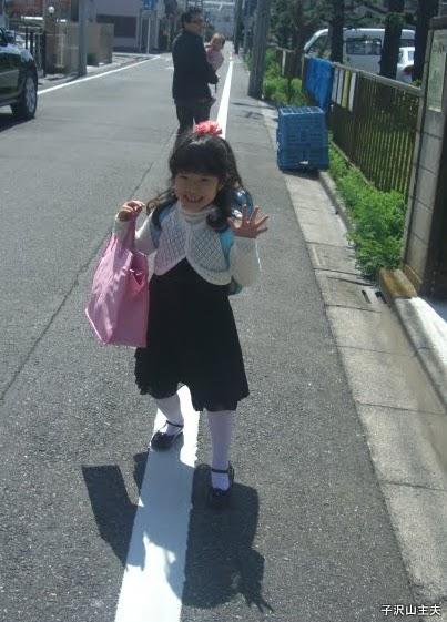 入学式へ行く長女