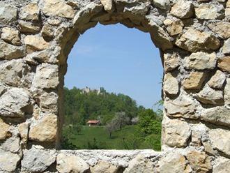 pogled na grad Žusem