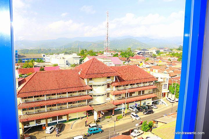 View dari salah satu kamar Pop! Hotel Tanjung Karang Lampung