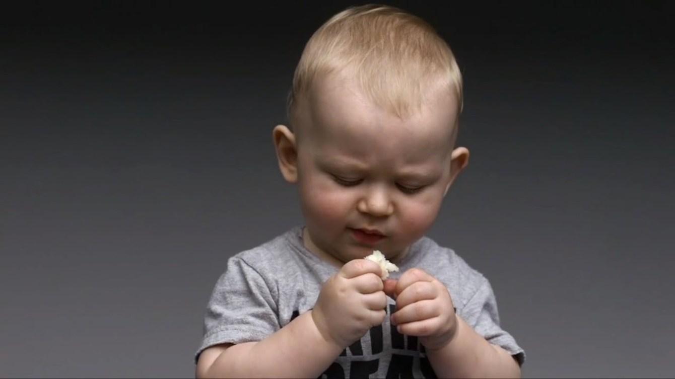 *First Taste:觀看孩子第一次品嘗不同食物的頭號表情! 3