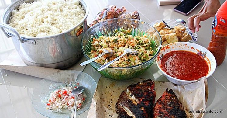 Makan siang kami yang nikmat
