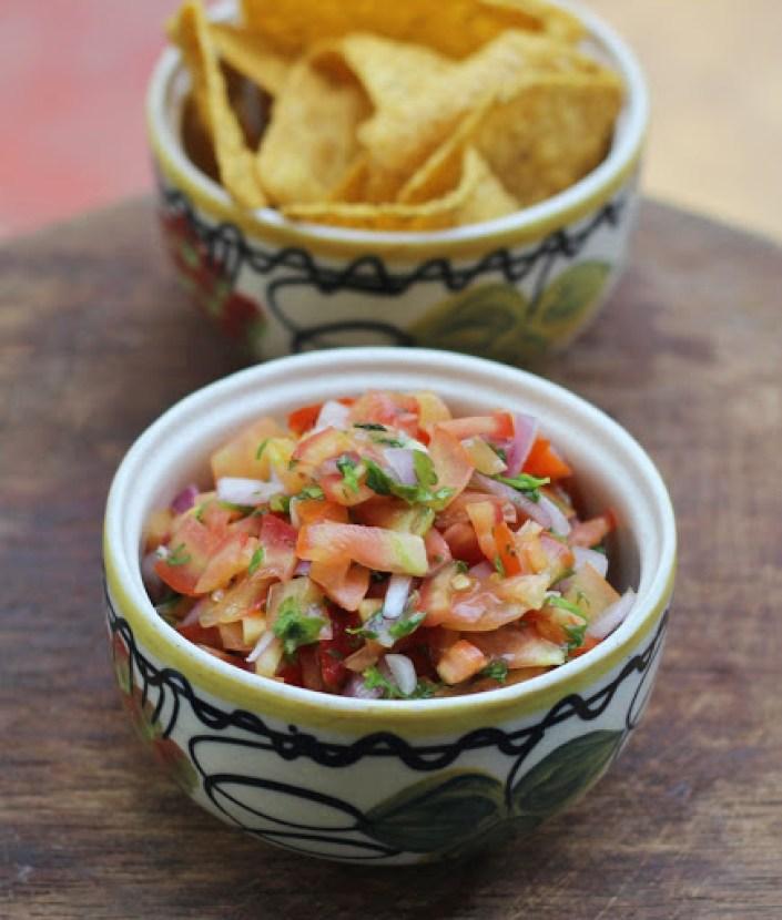 Pico de Gallo Recipe | Mexican Salsa Fresca | Fresh Onion Tomato Salsa | 188bet金宝搏下载Foodomania.com