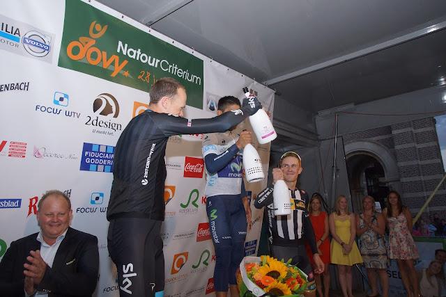 podium dovy natourcriterium