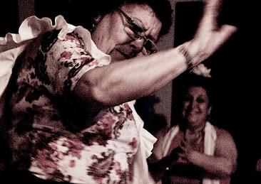 destilo flamenco 28_144S_Scamardi_Bulerias2012.jpg