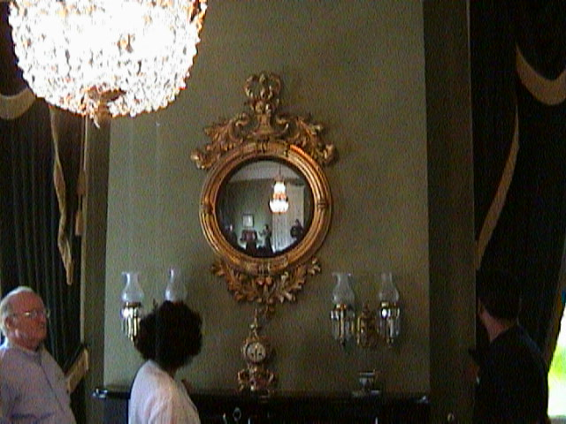 0190Inside_a_Southern_Mansion_-_New_Orleans