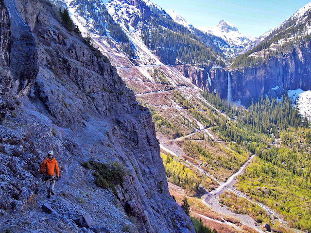 Looking back towards our starting point. The switchbacks and the Bridal Veil Fall.