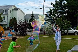 Ferry Beach-Bubbles-41