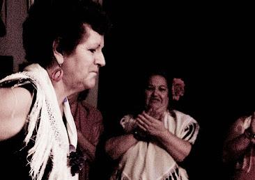 destilo flamenco 28_102S_Scamardi_Bulerias2012.jpg