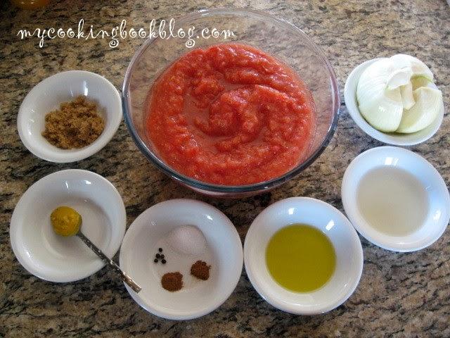 Доматен сос с индийско орехче, канела и чесън