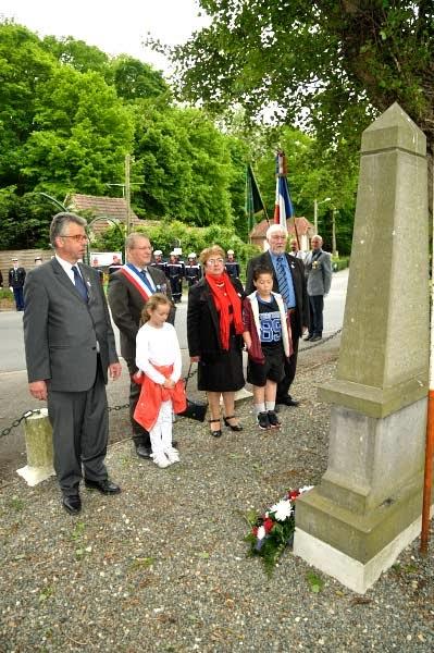 ceremonie-du-8-mai-2015-16