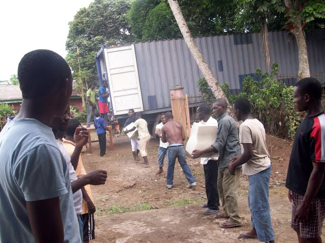 Container Arrival & Offloading in Buea - 100_9074.JPG